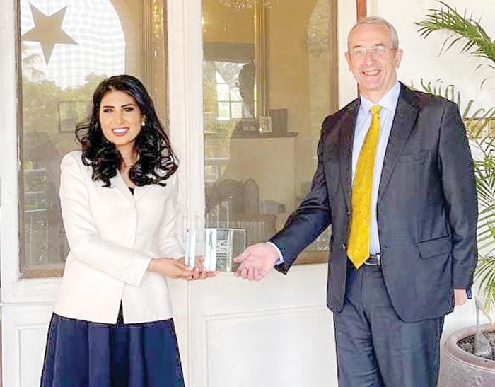 Kuwaiti woman wins Int'l Muslim of the Year Award